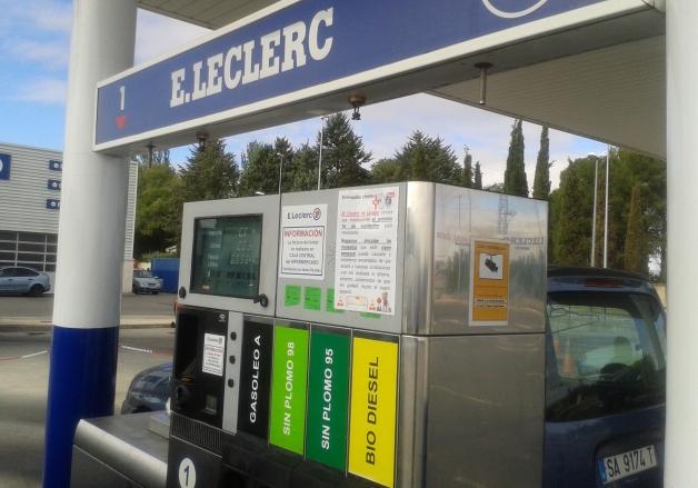 Gasolinera del hipermercado Leclerc en Salamanca capital