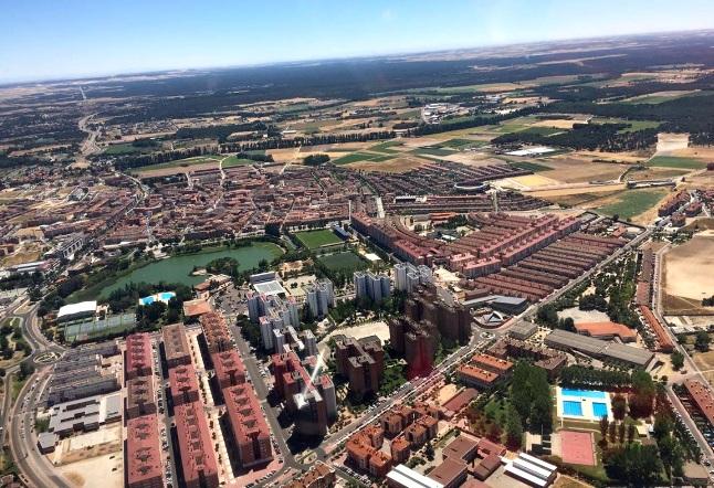vista aérea del distrito de Torrelago en Laguna de Duero